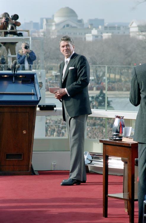 President Reagan i citydress