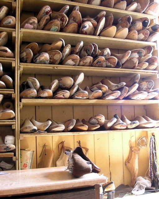 trænaglede sko