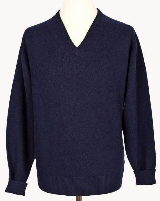 Navy-pullover-Stiljournalen