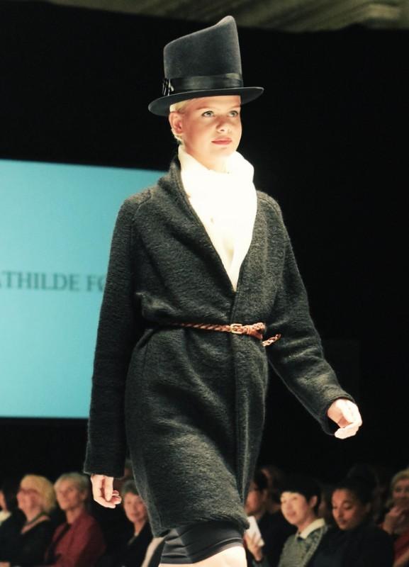 Mathilde-Førster-Laugenes-Opvisning-2015-Stiljournalen-2
