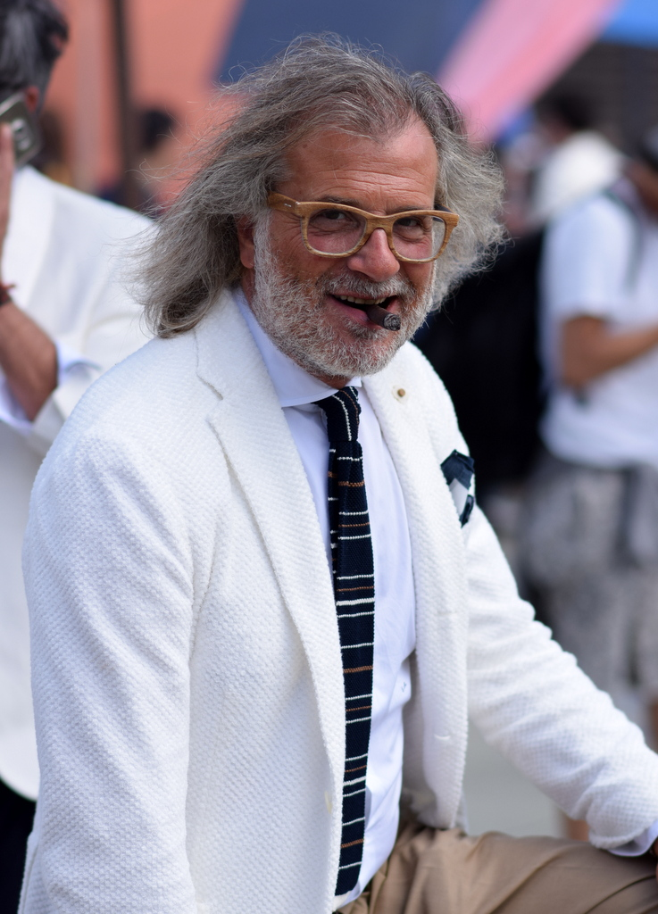 Pitti_Uomo_En-god-cigar-Toscanello_med_stil