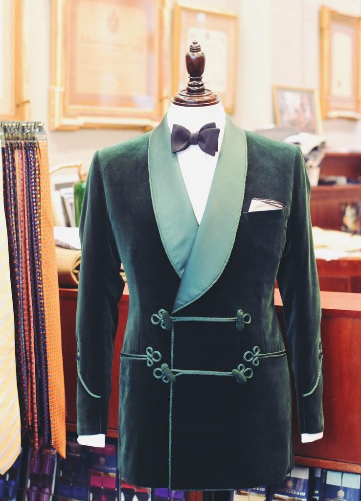 Savile_Row-skrædder_Henry_Poole_smoking_jacket_af_Torsten_Grunwald