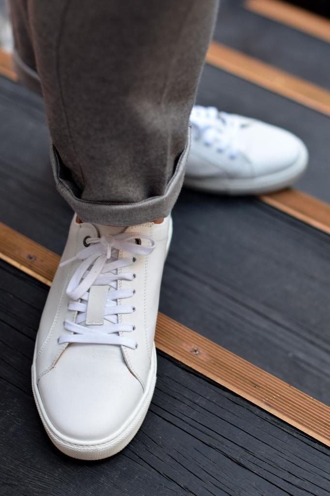 Suitsupply København hvide sneakers af_Torsten_Grunwald