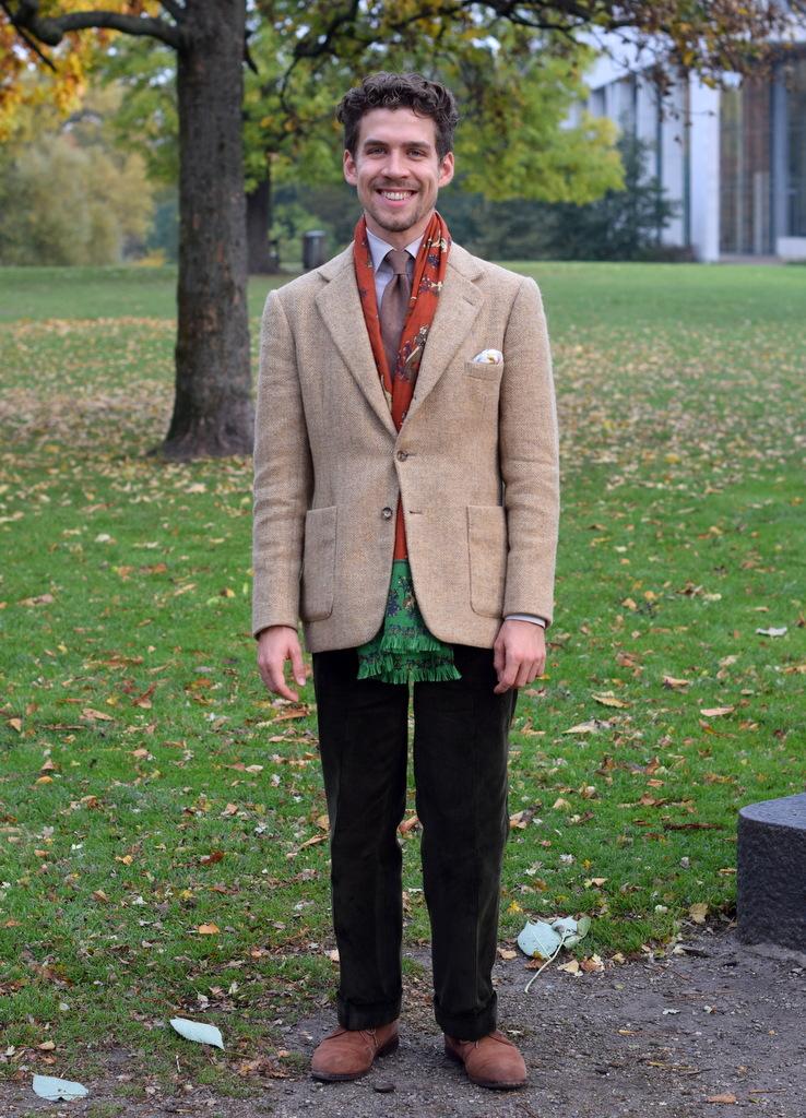 b6b2be0d5df Sådan kan et silkehalstørklæde forvandle din stil - Den velklædte mand
