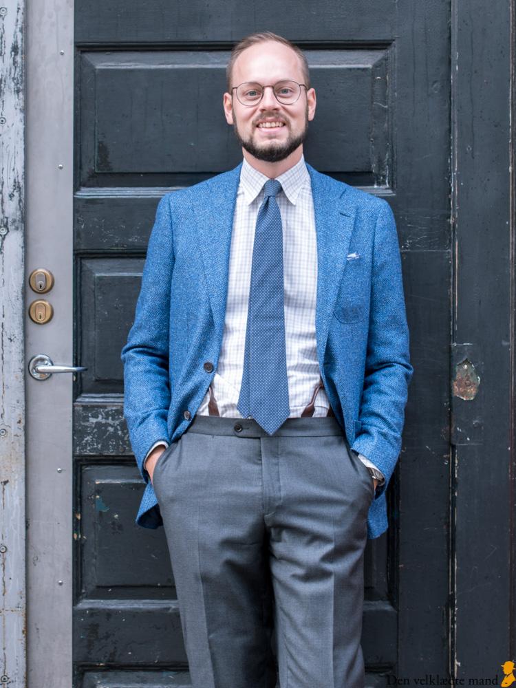 38c2990a48c Stem på deltagerne i ÅVM 2018 - Den velklædte mand