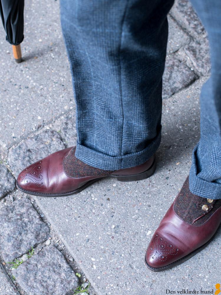 habit med vest knapstøvler