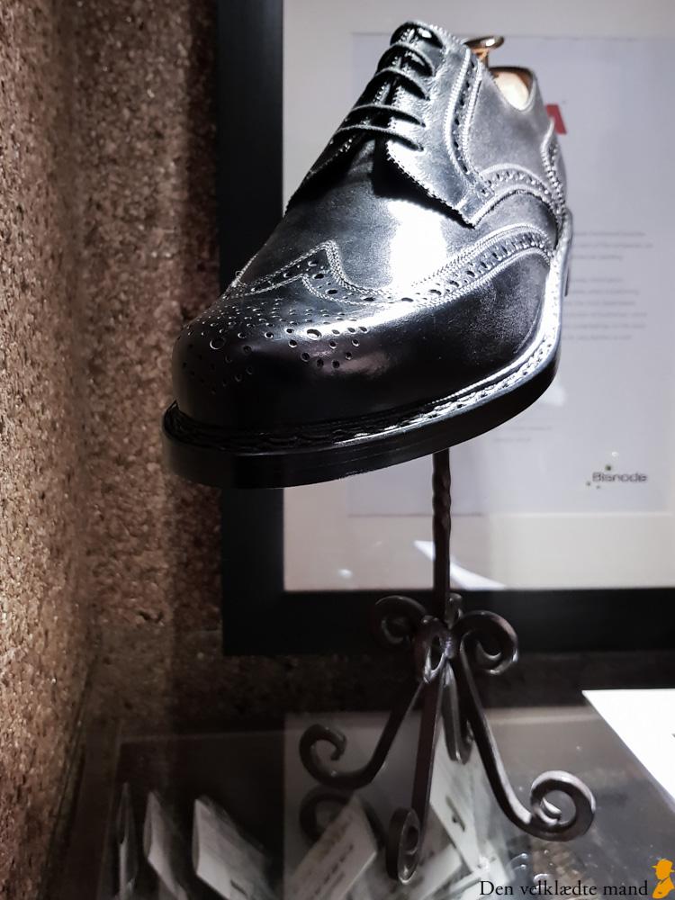 håndsyede sko i budapest attila