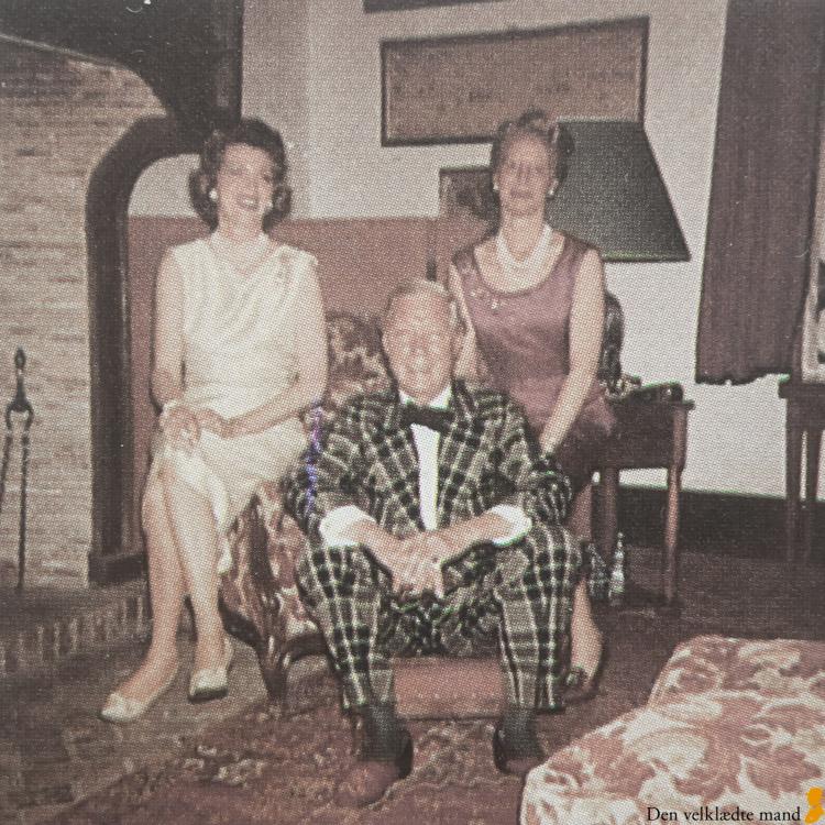 Hertugen af Windsor i sin grønne, klanternede smoking