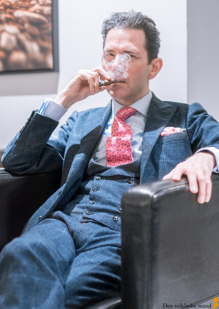 cigar og cigarer med michael c g iversen og den velklædte mand