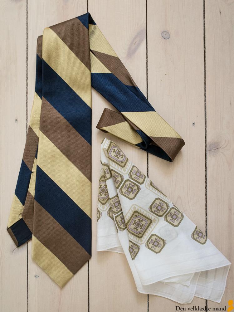 kombinere slips og lommetørklæde lommeklud