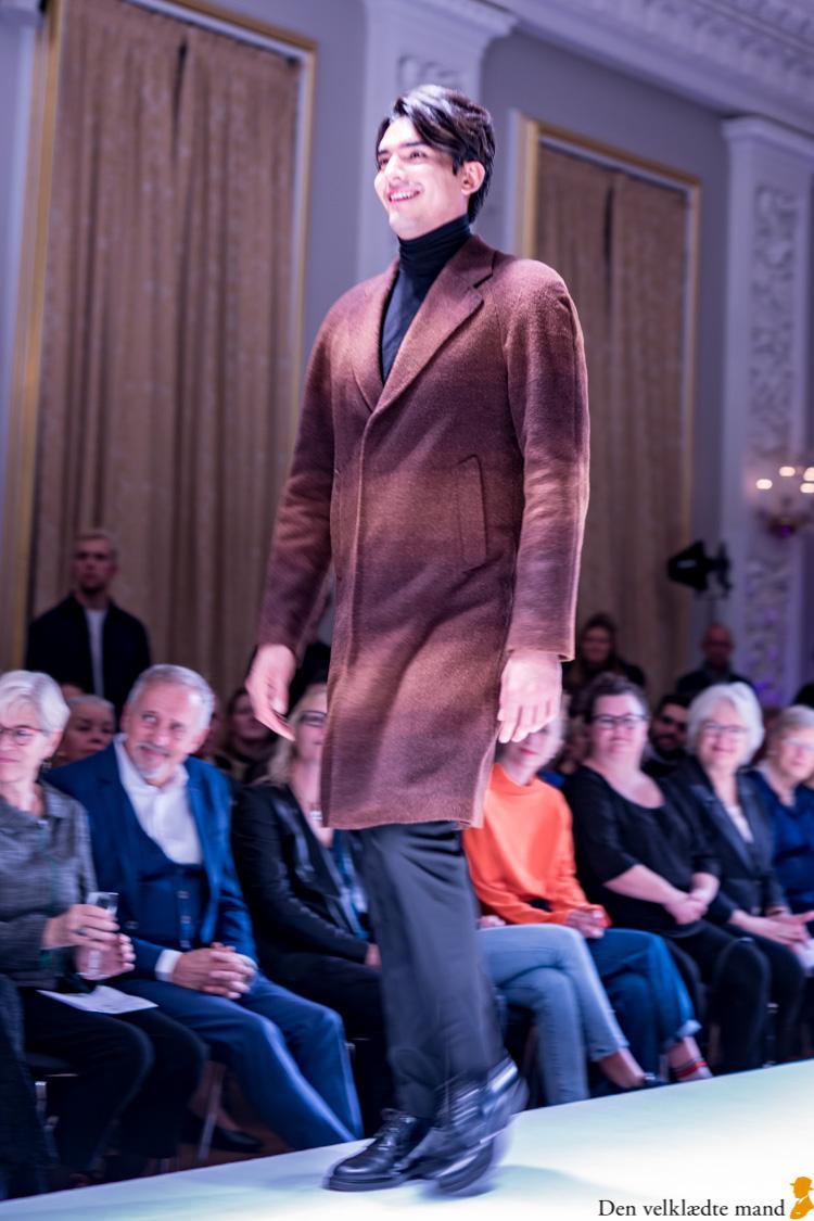 laugenes opsving 2019 karina mott frakke
