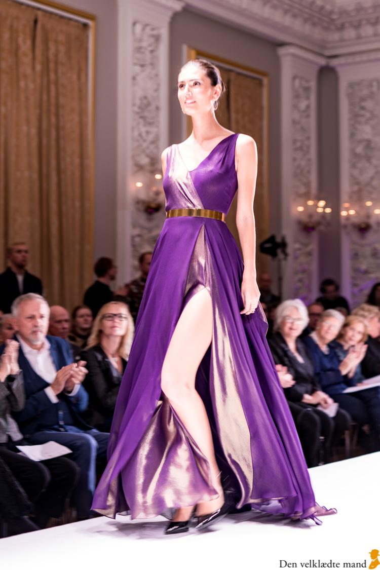 laugenes opvisning 2019 wichmann kjole