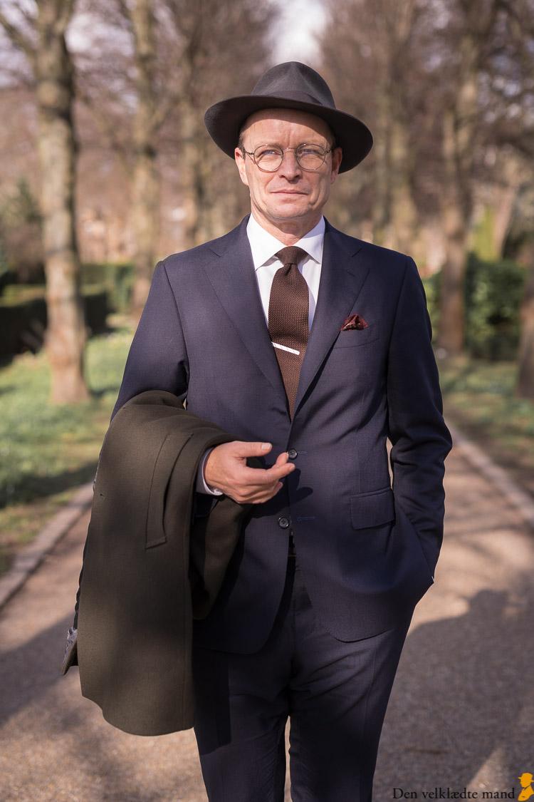 peter adolphsens nye klæder holmens kirkegård foto af torsten grunwald