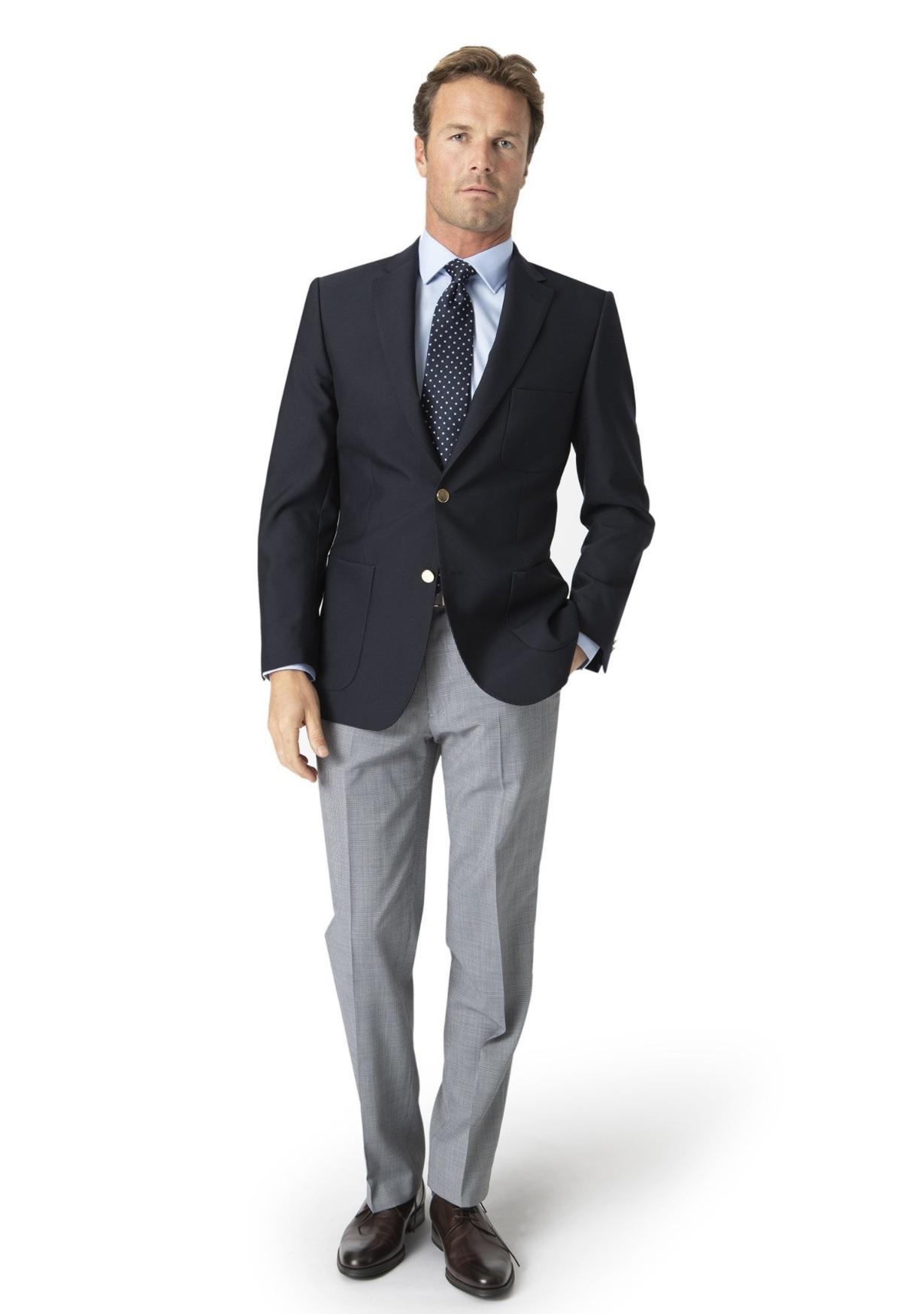 almindelig velklædt pæn i tøjet