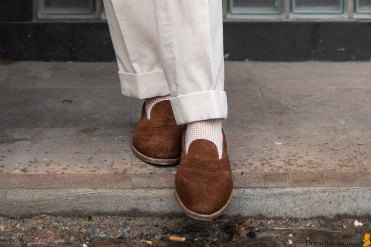 håndsyede loafers